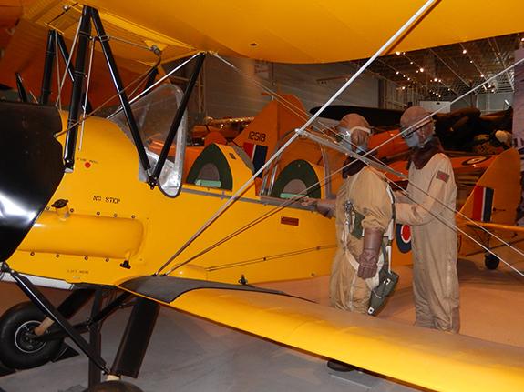 05 Tiger Moth 575