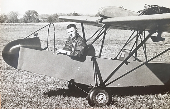 Larry Quinton in home built Woodypusher late 1960s 545