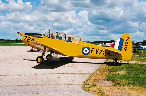 CVE firing up at Tillsonburg Doug Harkes owner Wroxeter Dave Thomas pilot Goderich Aug1 2015