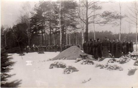 19 Stalag VIIIB forlorn funerals of fellow POW feature