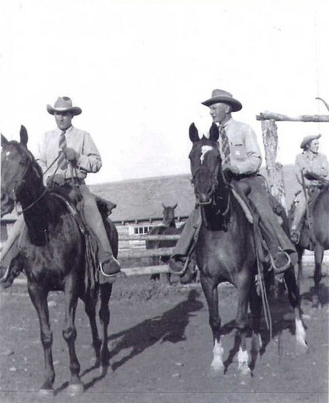 2 Winston Parker on left with his brother Geoff feature